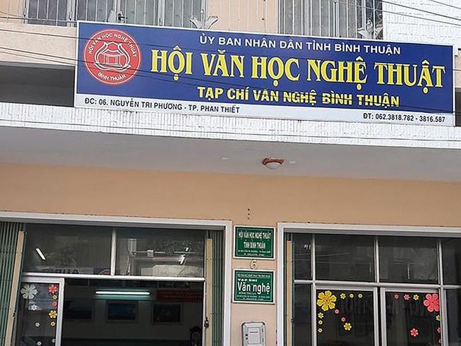 Chủ tịch Hội VHNT Bình Thuận duyệt khống 1 tỉ đồng