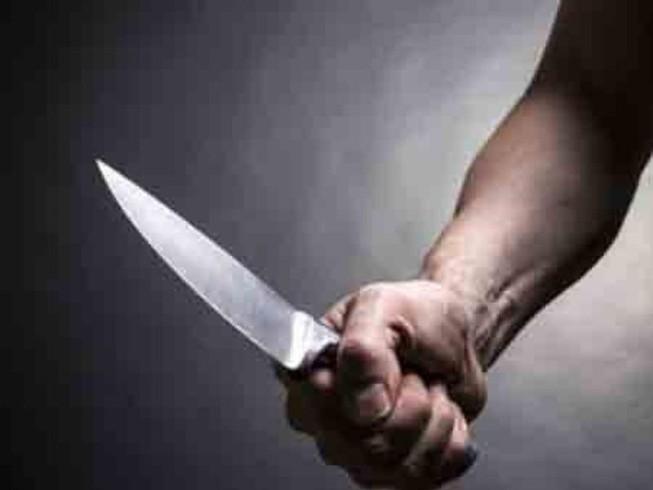Đâm em ruột tử vong, ôm dao ngủ tại hiện trường