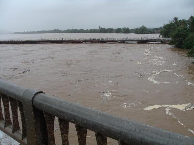 Quảng Ngãi: Đề phòng mưa lũ dâng cao trở lại trong đêm