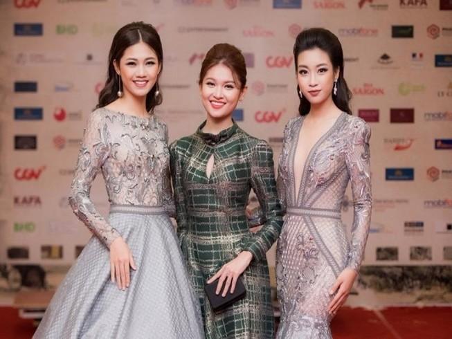 Showbiz Việt đổ bộ thảm đỏ LHP quốc tế Hà Nội