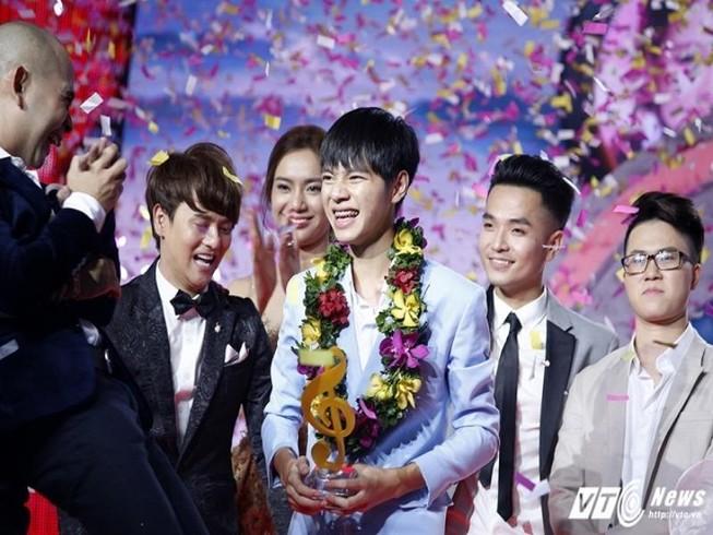 Cao Bá Hưng đăng quang Sing My Song mùa đầu tiên