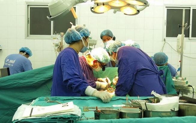 Thêm 4 người được ghép tạng từ bệnh nhân chết não