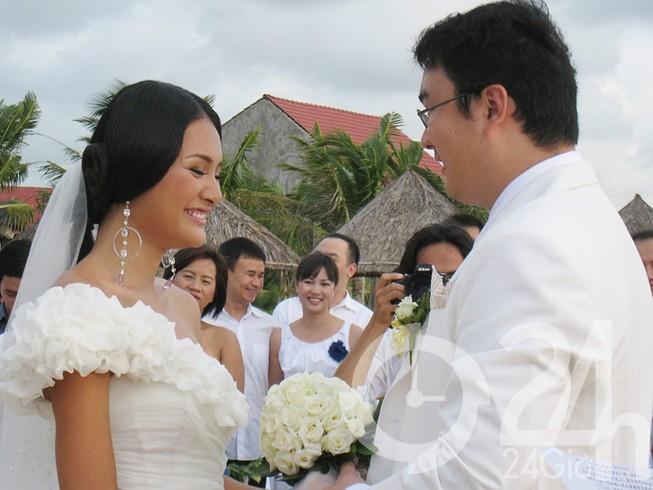 Lộ ảnh đám cưới như mơ của Hương Giang