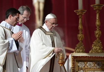 Giáo hoàng Francis lên ngôi