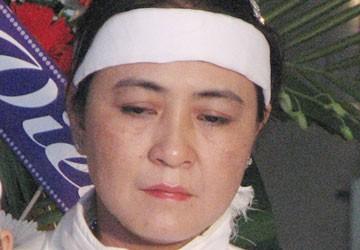 Vợ cố nhà báo Hoàng Hùng nói gì?
