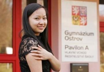 Nữ sinh Việt Nam hai năm liền đoạt giải văn học Czech