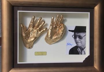"""""""Săn"""" bàn tay người nổi tiếng"""
