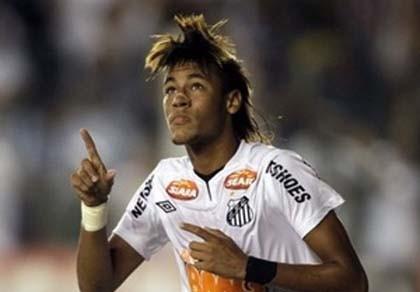"""Thần đồng Neymar lại khiến các ông lớn """"rỏ dãi"""""""
