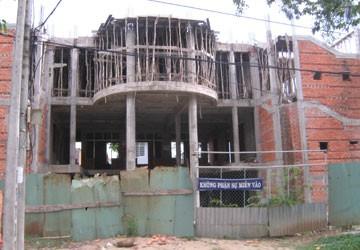 TP Trà Vinh: Nhiều lãnh đạo bị kiểm điểm vì sai phạm trong xây dựng