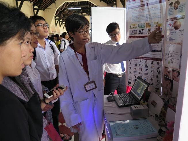 Học sinh lớp 8 chế tạo thiết bị chống gian lận trong thi cử