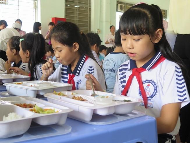 Tăng cường đảm bảo an toàn thực phẩm trường học