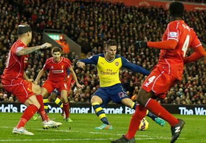 Lawrenson: 'Arsenal đánh bại Liverpool, Man Utd vững top 4'