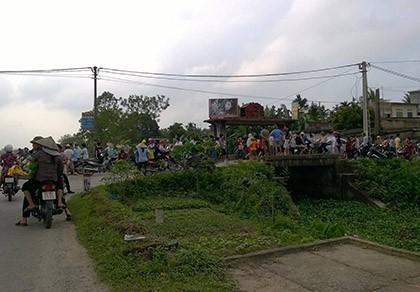 Kéo quân đến đánh thanh niên làng, bị cả làng truy đuổi