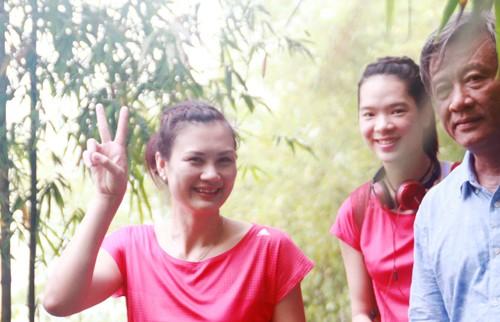 Hoa khôi bóng chuyền Kim Huệ: 'Tình yêu kéo tôi dậy sau mỗi va vấp'