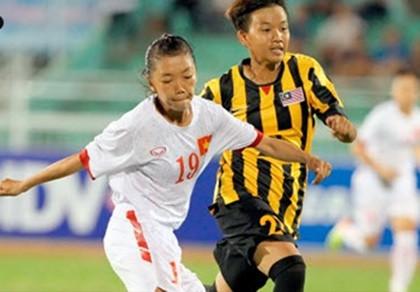 Tuyển nữ VN thắng đậm Malaysia 7-0