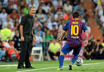 """Mourinho """"đá đểu"""" Guardiola sau thảm bại trước Barca"""