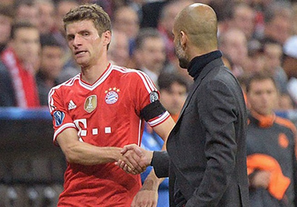 Sang Đức xem giò Muller, M.U đặt giá 30 triệu bảng