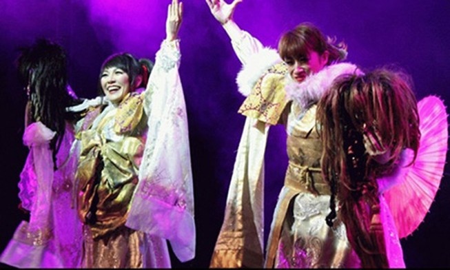 """Hai nữ hoàng ảo thuật Nhật Bản """"khuấy đảo"""" Hà Nội"""
