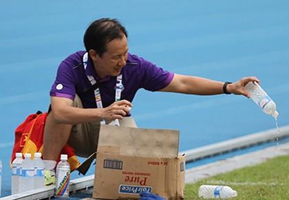 Chàng rể Việt tình nguyện làm dẫn đoàn cho thầy trò Miura