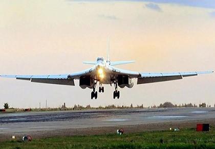 Không quân Nga sẽ tiếp nhận không dưới 50 máy bay ném bom Tu-160