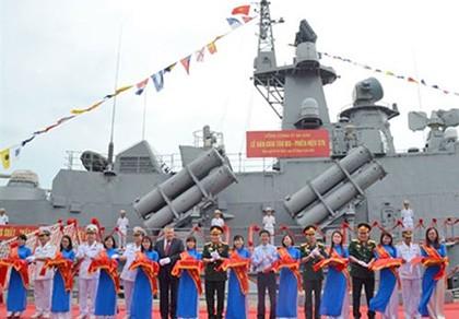 Bàn giao cặp tàu tên lửa hiện đại cho Quân chủng Hải quân