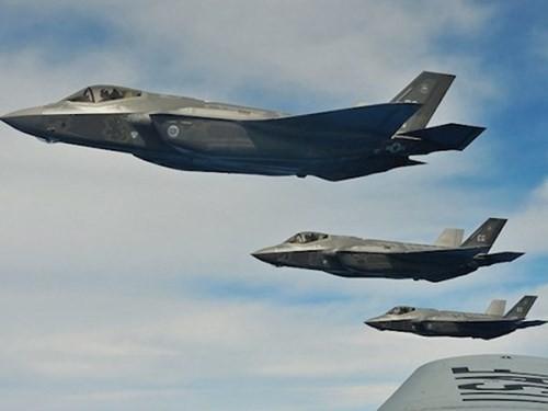 Mỹ đặt hàng trước 94 tiêm kích F-35 chỉ để bay thử