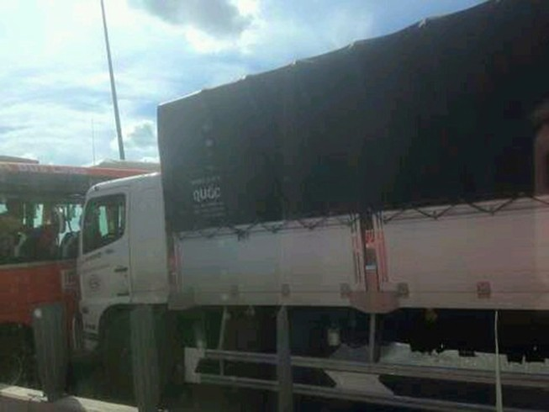 Xe mất thắng tông hàng loạt ôtô tại cao tốc Long Thành - Dầu Giây