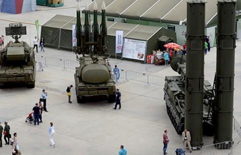 Không gì ngăn được Ả-Rập Saudi mua vũ khí Nga