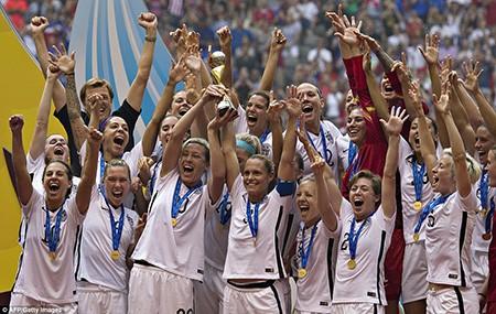 Hạ Nhật 5-2, Mỹ lên ngôi vô địch thế giới