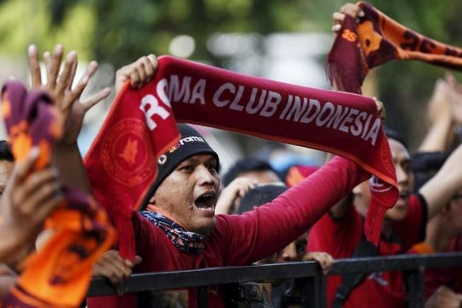 Năm ngôi sao của AS Roma bị Indonesia cấm nhập cảnh