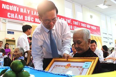 Trao tặng và truy tặng 73 danh hiệu 'Bà mẹ Việt Nam anh hùng'
