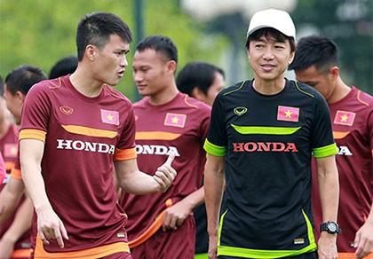 Chùm ảnh cầu thủ Việt Nam, Man City tập luyện cho trận đấu tối nay
