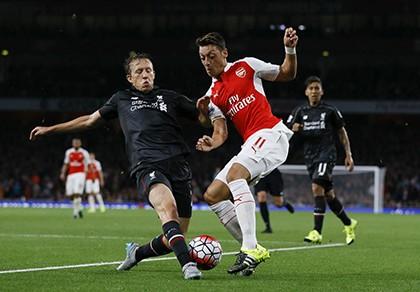 Mesut Ozil đặt mục tiêu cho mùa giải mới