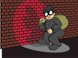 Mải chơi game, trộm vào nhà lấy mất điện thoại