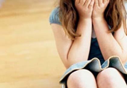 Bắt khẩn cấp nghi can hiếp dâm bé gái 8 tuổi