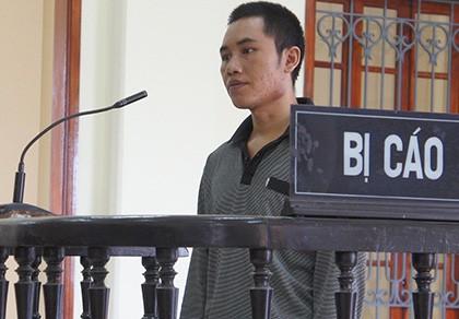 Tưởng vợ là hổ nên chém chết, lãnh 10 năm tù