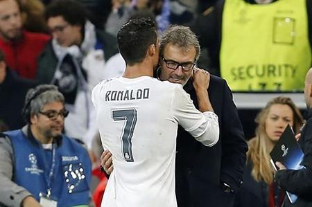 Ronaldo nói với HLV Blanc của PSG: 'Tôi thích làm việc cùng ông'
