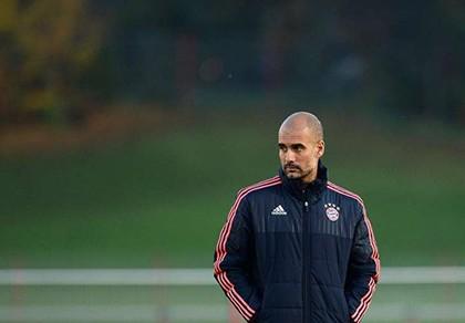 Pep… 'lẳng lơ', Bayern lo lắng