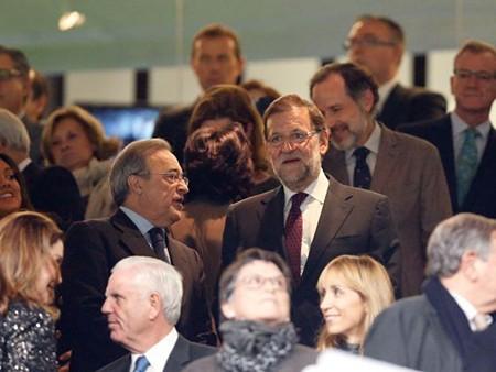 Chủ tịch Real: 'Benitez sẽ không đi đâu hết'