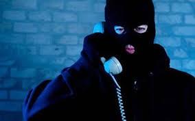 Bị công an dỏm gọi điện thoại lừa mất 300 triệu đồng