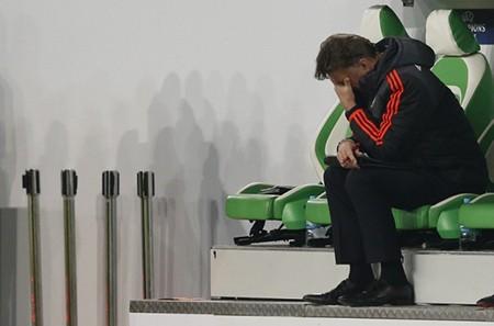M.U bị loại, Van Gaal không còn lý do bào chữa