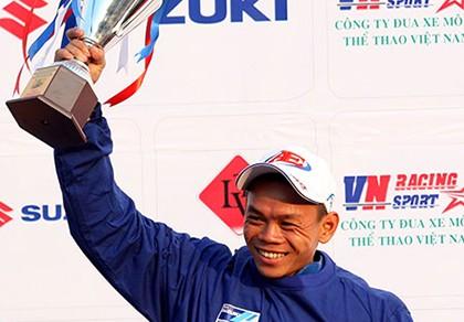 Tay đua Nguyễn Ngọc Hồ đoạt suất dự Asian Tour Challenge 2016