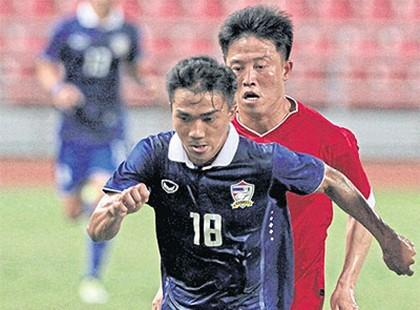HLV Kiatisak chỉ định Messi Thái làm đội trưởng