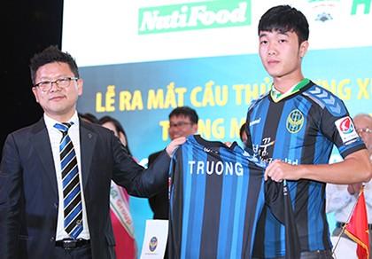 Lương Xuân Trường ký hợp đồng hai năm với Incheon United