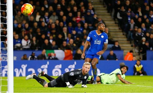 Leicester cầm hòa Man City trên sân nhà