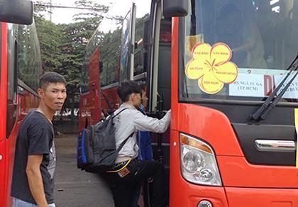 Bắt đầu vận chuyển 1,4 triệu hành khách về quê ăn tết