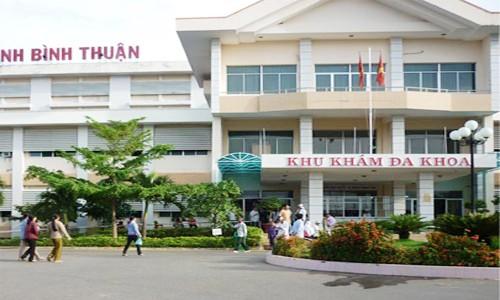 Sở Y tế và bệnh viện 'cãi nhau' gần hai năm  vì điều dưỡng