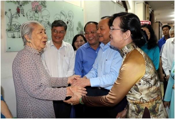Lãnh đạo TP.HCM viếng ông  Nguyễn Văn Kỉnh