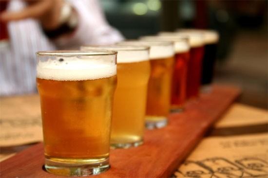 Bia, cà phê, nước giải khát tăng trưởng mạnh