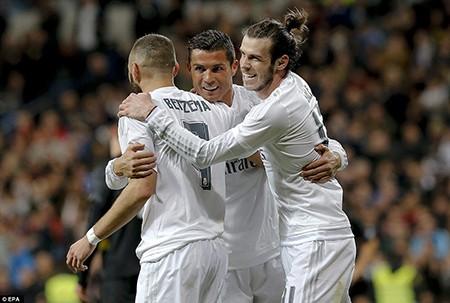 BBC tái xuất, Real Madrid 'vùi dập' Sevilla